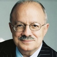 Dr. Eduardo Padron